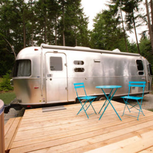 woods-on-pender-airstream-1-exterior-01-600x400-1-1